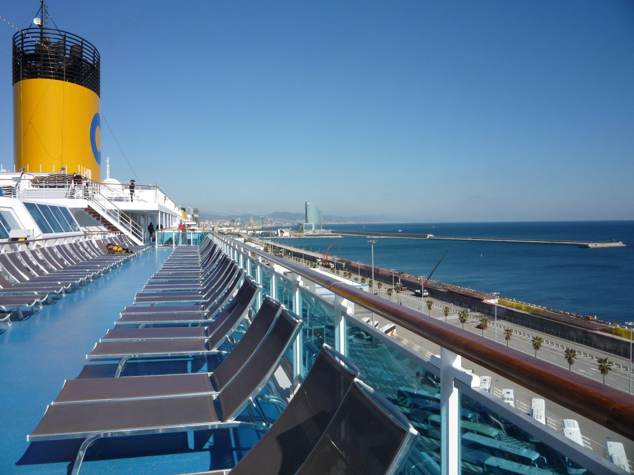 Julie bord du costa pacifica at impressions de voyages for Bateau de luxe interieur